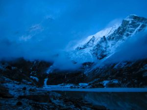 Makalu by night